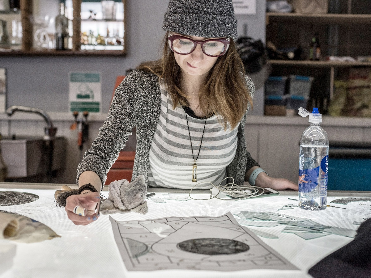 UArts Glass student works in studio
