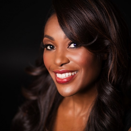 Tiffany Jones headshot